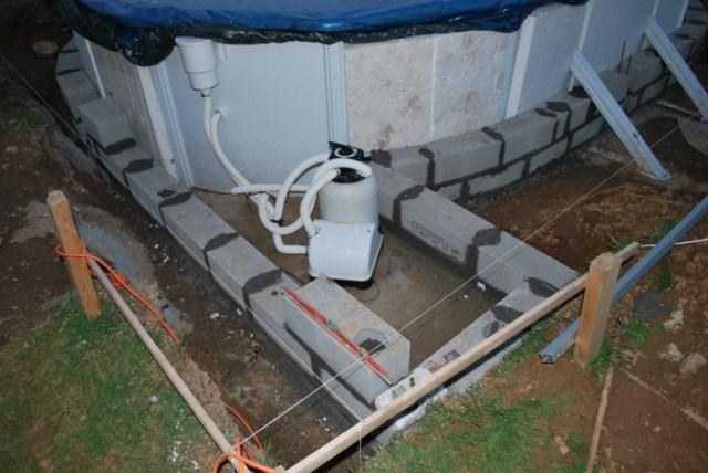 610x375 semi ent rr e solaire home made piscines - Peut on enterrer une piscine hors sol ...