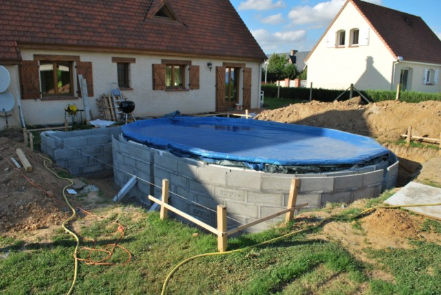 610x375 semi ent rr e solaire home made piscines for Piscine en bois a enterrer